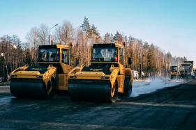 В Кировской области активно ведется работа по заключению контрактов на выполнение дорожных работ